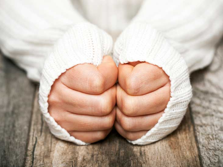 Cold Hands and feet in the Winter Season-The Do's and Don'ts
